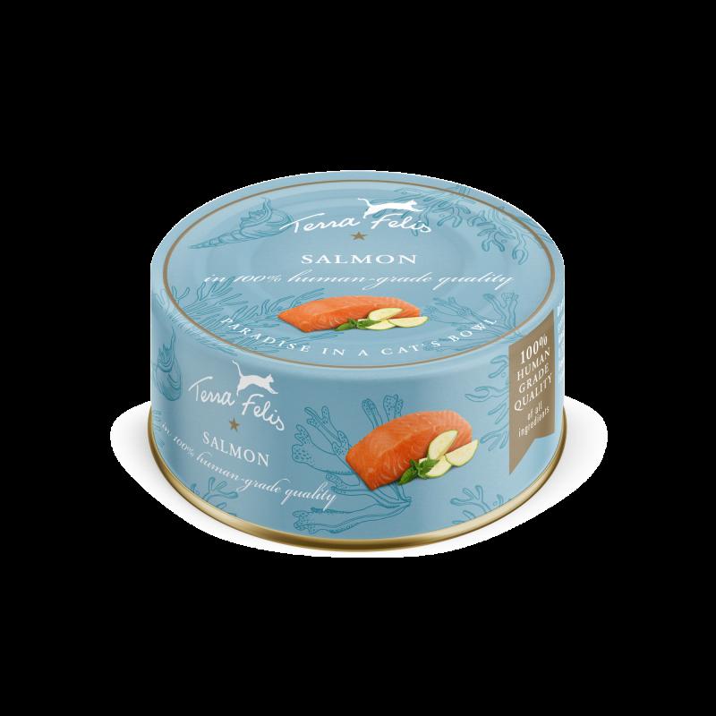 lata de salmón para gatos